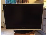 "Panasonic Viera TX-32LXD70 32"" LCD TV in good working order"