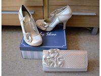 Vintage wedding prom shoes and handbag size 7