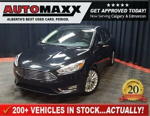 2015 Ford Focus Titanium w/Leather/Nav/Sunroof!