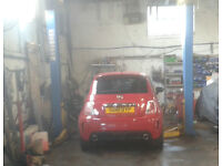 USED CAR RAMP - EXCELLENT CONDITION - 2 YRS - SERVICED - 2,5 ton