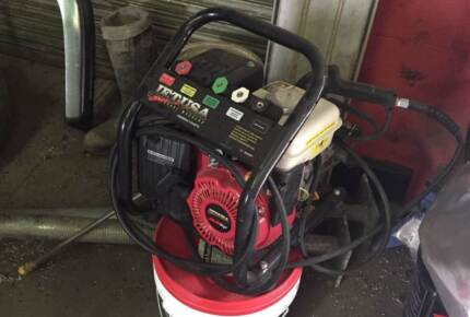 JETUSA MX400 3000psi 3.6hp 4 Stroke Pressure Washer Point Cook Wyndham Area Preview
