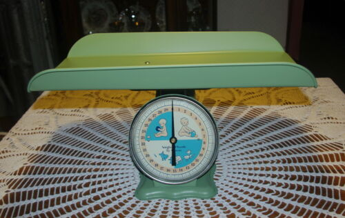 VINTAGE BABY SCALE BABY SHOWER PHOTOGRAPHY PHOTO PROP