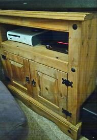 Mexican pine corner TV unit