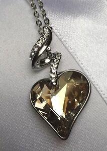 Herzkette  Kette mit Herz* Zirkonia * Kristall * SWAROVSKI  ELEMENTS SWAROWSKI
