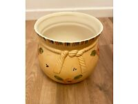 Ceramic large flower pot/vase