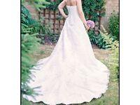 Brand new lace wedding dress