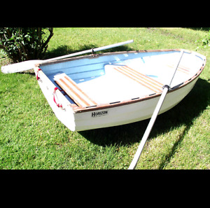 8 ft boat / fishing boat
