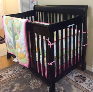 Stork Craft Tuscany 4-In-1 Stages Crib - Black