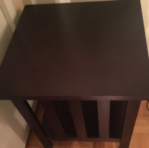 Solid Dark Maple Wood End/Side Table $55.00