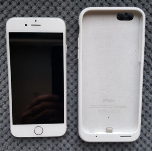 A-1 Condition iPhone silver 6s, & Apple Smart Battery Case