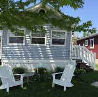 CottageRental Seacliff Park & Beach Area & Close to Point Pelee