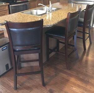 Wood/Leather Breakfast Bar Chairs