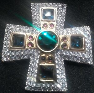 REDUCED...SWAROVSKI MALTESE CROSS STYLE BROOCH North Shore Greater Vancouver Area image 5