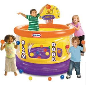 Blowup play pen ball pit