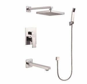 Système de douche et bain, fini chromé neuf en boite de marque Elegance