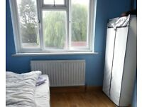 Stunning Large SIngle room available to rent at NORTH HARROW - £ 400 / Month ( Singles )