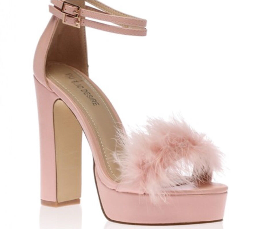 5716cbc87e92 Pink fluffy heels size 5