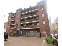 1 bedroom flat in Nile House, Provist Estate, Old Street