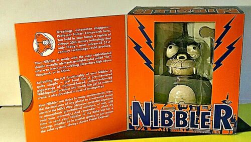 VINTAGE 2000 FUTURAMA NIBBLER WIND UP TOY W/BOX