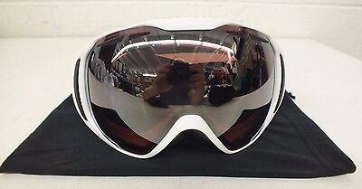 ab1343fd23d4 Native Eyewear Upslope White Medium-Fit Ski Snowboard Goggles w Bronze Lens  NEW
