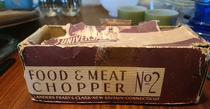 Vintage Universal No.2 Meat Grinder/Food Chopper With Original Box