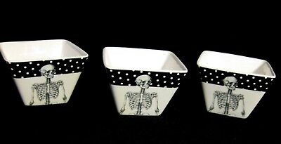 THREE HALLOWEEN CIROA SIMPLE SERVE SKELETON SQUARE STACKABLE BOWLS