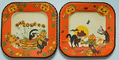 2 Vintage Halloween Paper Luncheon Plates JOL Kids/Black Cats/Scarecrow 1940/50s
