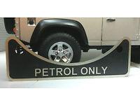Land Rover Defender 90 110 2.5 V8 Unleaded Petrol Fuel Filler Label Badge 502951