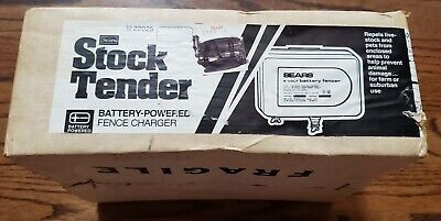 New Vintage Sears Roebuck Stock Tender Battery Powered Fence Charger 32-22025