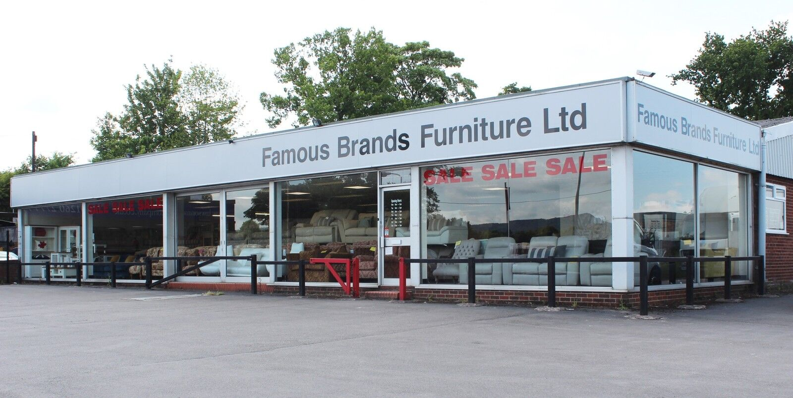 FAMOUS BRANDS FURNITURE