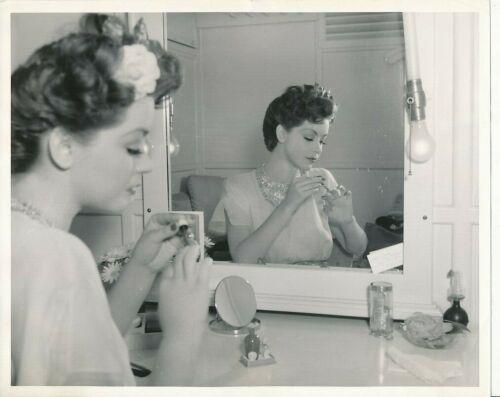 MARSHA HUNT Original CANDID Make-up Vintage 1942 MGM Studio Portrait Photo