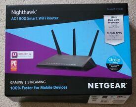 NETGEAR R7000 Nighthawk AC1900 WiFi 5 Broadband Router / Access Point