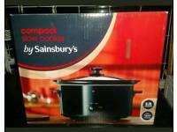 Sainsburys compact slow cooker 3.2L capacity, brand new in box