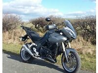 Triumph Tiger 1050SE Black/Charcoal, lots of extras