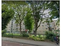 4 bedroom flat in Templar HouseShoot up hill, North West London