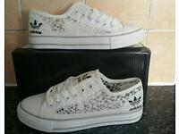 Brand new like Adidas summer gym pumps trainer shoes