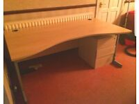 LARGE OFFICE DESK WITH STORAGE DRAWS