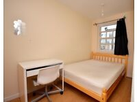 1 Bedroom share house to let, available in steels lane.