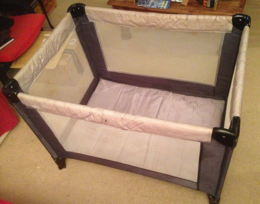 Folding Travel Cot Mamas & Papas Classic Baby Bed Portable Carry Bag Infant