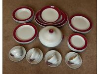 4 place Wedgwood Windsor Grey / Red Tea / Dinner Service Dishwasher Safe