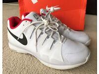 Nike Zoom VaporTour 9.5 Grass UK9 / EUR44 Mens Tennis shoes 649084-106