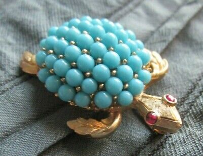 Vintage Crown Trifari Turtle Signed Gold Tone Pin / Brooch