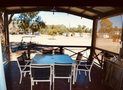 Holiday Cabin - Merool on the Murray Echuca Campaspe Area Preview