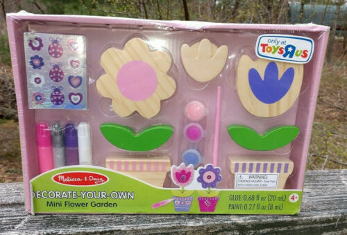 Melissa & Doug Decorate Your Own Mini Flower Garden Craft Kit