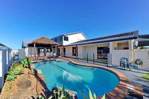 GOLD COAST HOLIDAY HOUSE - MERMAID WATERS SEPTEMBER SALE Benowa Gold Coast City Preview