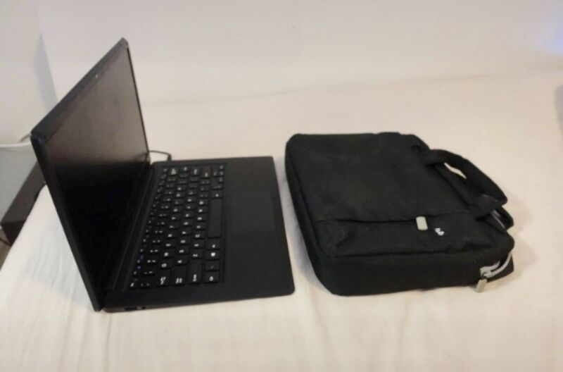 "Unisurf 14"" Laptop  Office 365 included  Excellent condition  