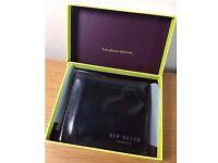 BNIB TED BAKER Black/Purple Leather Bi Fold Wallet