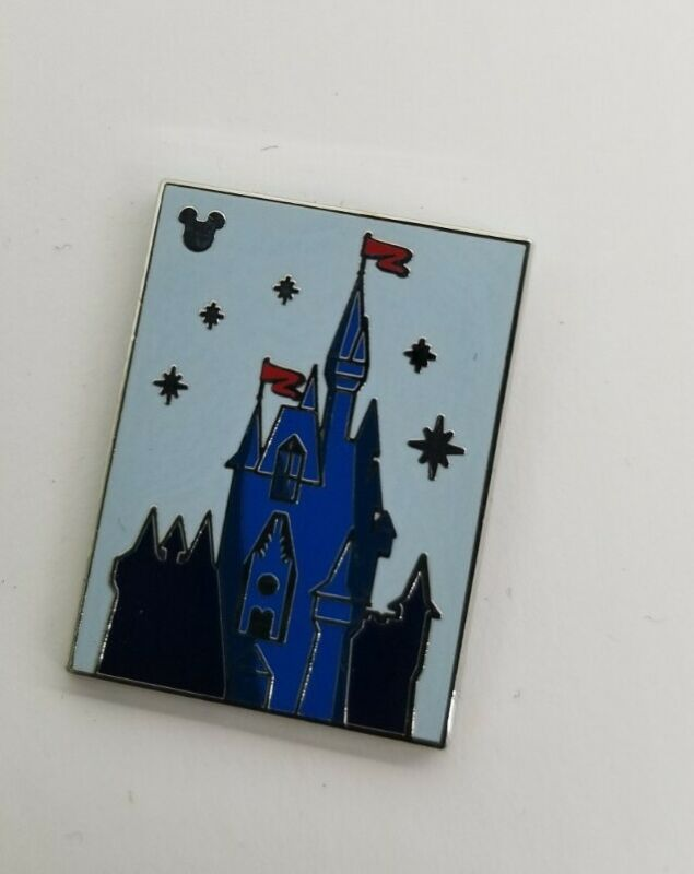 Disney Parks - WDW 2019 Hidden Mickey PIN Attractions Castle #134088 TRADED Card