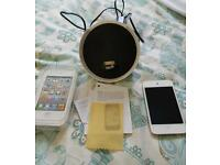 Ipod touch 4th gen with docking station