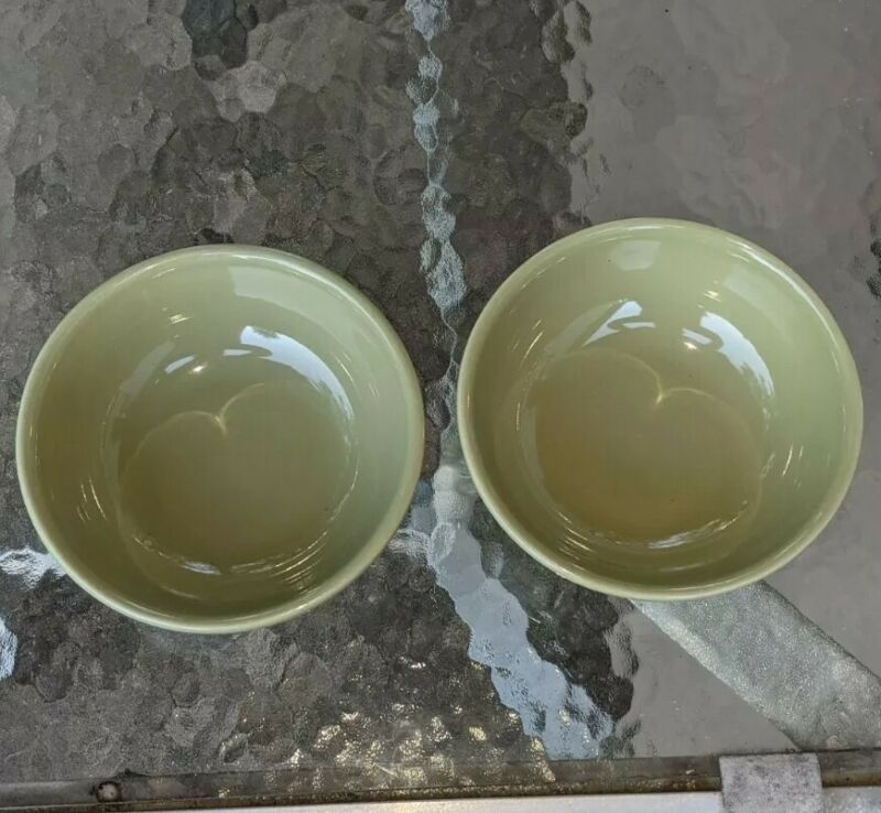 """2 Longaberger Pottery Woven Traditions  Sage Green 7"""" Bowls Cereal Soup Salad US"""